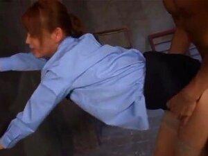 Emiri Okazaki hot asiatiske milf i en politi drakt knuller hardt, Emiri Okazaki blir hennes pussy banke noen av gutta hun arbeider med som en politimann! Hun får mmf og masse leketøy innsettinger i hennes varme fitte med disse to kåte gutter! Dypt penetre
